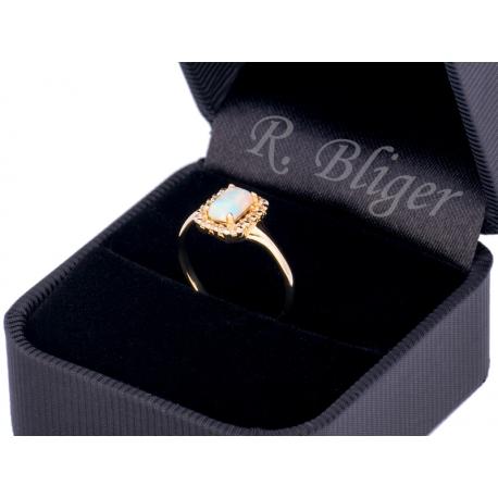 Pierścionek z białego złota zdobiony opalem i cyrkoniami: GGR054